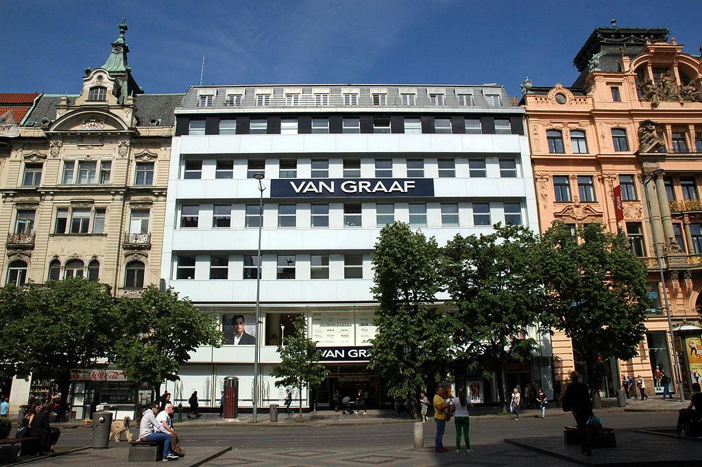 Van Graaf – der Peek und Cloppenburg Flagship-Store in Prag