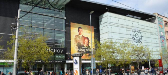 Novy Smichov – Das moderne Einkaufszentrum am Andel